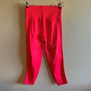 VS PINK Cool & Comfy Red Ultimate Leggings Sz M